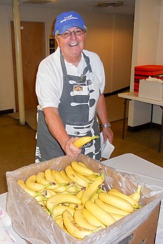 Parishioners Volunteer At Soup Kitchen Bethlehem
